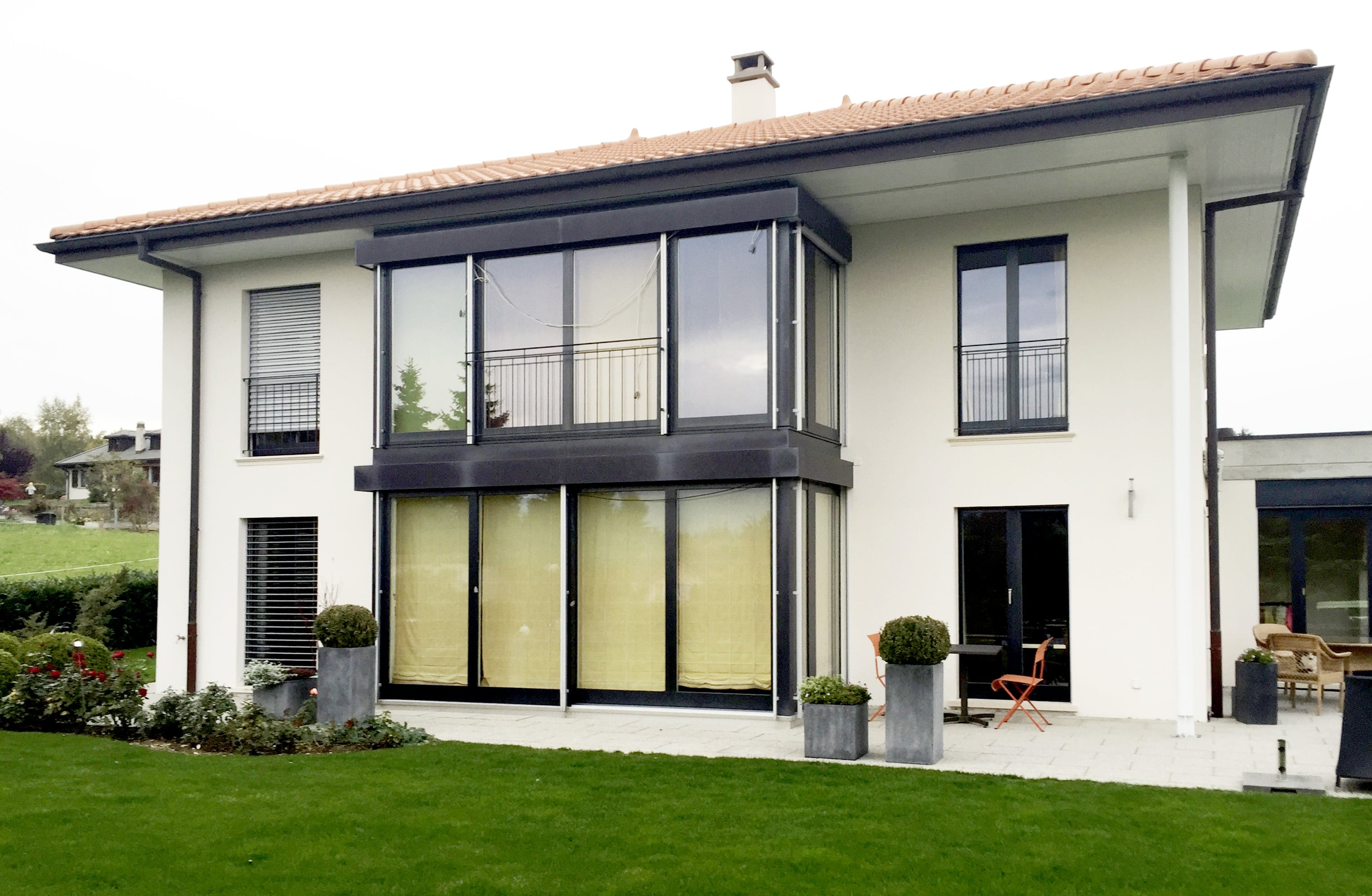 13.1-renovation-ext-exterieur-facade-jaune-min